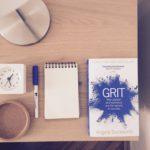 Noční stolek – tajná zbraň vaší produktivity